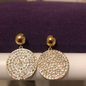 Cute round diamond earrings( not real diamond)